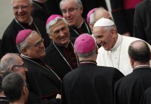 Vaticano, Papa Francesco incontra seminaristi e novizi